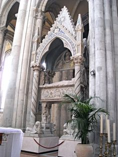 Sepulchre of Katherine of Hapsburg (†1323) by Tino di Camaino (Siena, about 1285-Naples, about 1337) and apprentices - Church of San Lorenzo Maggiore in Naples | Flickr - Photo Sharing!