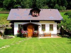 Casa mica stil traditional reconditionata