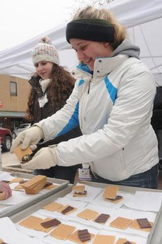 Icefest s'mores. Ryan Blackwell/photo