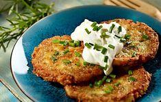 Bylinkovo-zemiakové placky s kyslou smotanou