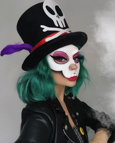 Create your own Disney Villains Costume for Halloween Disney Halloween Costumes, Halloween Makeup Looks, Halloween Cosplay, Halloween Outfits, Halloween Kids, Skeleton Costumes, Costumes Kids, Costume Ideas, Scary Costumes