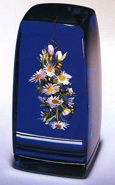 Paperweight  Artist:Paul Stankard (American, born North Attleboro, Massachusetts 1943) Date:1986 Medium:Glass Dimensions:H. 5-3/8, W. 2-3/4, D. 2-3/8 inches (13.7 x 7 x 6 cm.) Classification:Glass