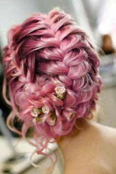 I like the hair color