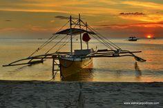 Plaża Sugar Beach koło Sipalay. Piękna, odludna i doskonale nadająca się na 2 tygodnie lenistwa.Wreszcie, po niemal dwóch miesiącach podróży trafiliśmy na miejsce niemal idealne ;-)   Filipiny najpiękniejsze plaże - Sugar Beach Co można robić na Sugar Beach ? Nic !!! Można leżeć na leżaku lub hamaku i wpatrywać się w morze. Dla odmiany można co jakiś