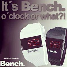 Hodinky bench novinka v našom eshope! Digital Alarm Clock, Fitbit, Bench, Desk, Bench Seat, Sofa, Crib Bench