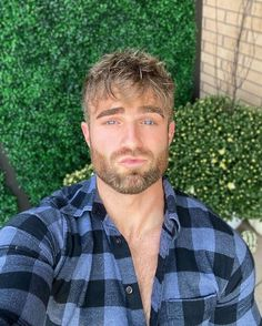 Mustache Styles, All Hairstyles, Ginger Beard, Sexy Shirts, Jawline, Hair And Beard Styles, Male Face, Great Hair, Attractive Men