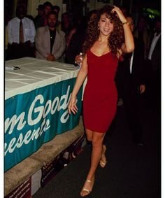 Mariah is the original diva. With her big hair and equally big voice, Carey belted her way into America's hearts. Her impressive five-octave vocal range has impacted popular music since the '90s. A fan of slinky numbers that showed off her fabulous curves, Carey was all about the sexy diva style.