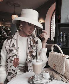 December 21 2019 at fashion-inspo Paris Chic, Classy Outfits, Chic Outfits, Fashion Outfits, Womens Fashion, Fashion Fashion, Fashion Tips, Fashion Clothes, Fashion Ideas