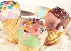 CAKE POP NA CASQUINHA