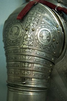 Italian armour for the field and tilt, pauldron by THoog, via Flickr