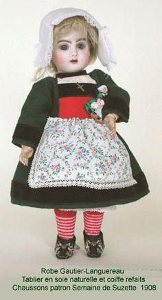 bleuette becassine poupendol : poupees puppen dolls.  Bleuette as Becassine