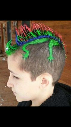 Run out of crazy hair day ideas? Here are 18 styles for the next crazy hair day at school or kid related events. Crazy Hair For Kids, Crazy Hair Day At School, Crazy Hair Days, Crazy Day, Crazy Girls, Boys Mohawk, Short Mohawk, Wacky Hair Days, Boy Hairstyles