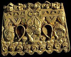 Placa de Oro. Tesoro de la Sierra de la Martela [Foto: Vicente Novillo]