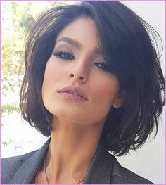 50 chic short bob hairstyles and haircuts for women in modern . - - 50 chic short bob hairstyles and haircuts for women in modern bob haircuts . Medium Bob Hairstyles, Short Bob Haircuts, Haircuts With Bangs, Haircut Short, Hairstyles For Over 40, Chic Haircut, Woman Hairstyles, Thick Bob Haircut, Short Bob Bangs