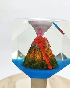 Awesome volcano.🌋🌋Epoxy resin pigment/dye is available on Amazon with 10-20% OFF code:DECORROM. Follow us for more daily inspiration. All credit to @sivovna__