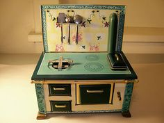 VINTAGE CHILD'S TIN STOVE MADE IN GERMANY