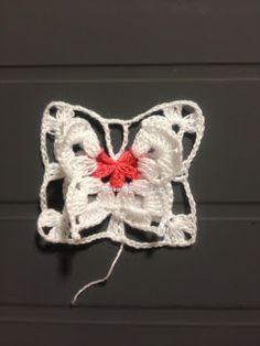 butterfly step 3 and then join Crochet Butterfly Pattern, Crochet Edging Patterns, Crochet Borders, Crochet Squares, Crochet Motif, Crochet Flowers, Crochet Lace, Thread Crochet, Filet Crochet