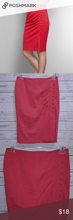 "New York & Company Side Button Pencil Skirt New York & Company Pencil Skirt Draped Side Button Accent Pink Size 6 Measurements: Waist 30"" Length 24"" Condition: Pre-owned - Good Condition New York & Company Skirts Pencil"