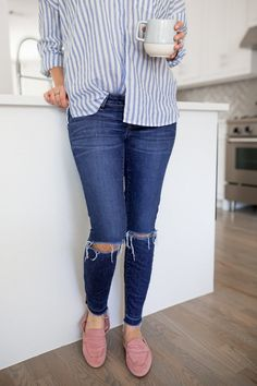 BLUE AND WHITE STRIPED TOPS AND PINK LOAFERS