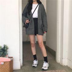 Korean Street Fashion - Life Is Fun Silo Indie Outfits, Punk Outfits, Korean Outfits, Cute Casual Outfits, Grunge Outfits, Skirt Outfits, Fashion Outfits, Fashion Clothes, Fashion Ideas