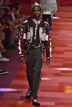 Dolce & Gabbana Spring 2018 Menswear Collection - Fashion Unfiltered
