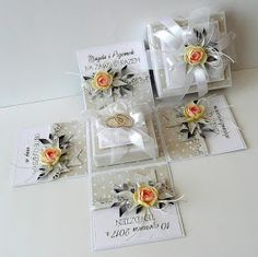 Exploding Gift Box, Snowflake Invitations, Hexagon Box, Christmas Journal, Pop Up Box Cards, Wedding Cards Handmade, Creative Gift Wrapping, Magic Box, Heartfelt Creations