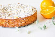 Flourless Orange Cake Recipe (Gluten-Free) - Mon Petit Four Whole Orange Cake, Orange And Almond Cake, Flourless Orange Cake, Flourless Cake, Almond Flour Cakes, Almond Flour Recipes, Baking Recipes, Cake Recipes, Dessert Recipes