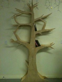 A Little Knick Knack: Tree Bookshelf