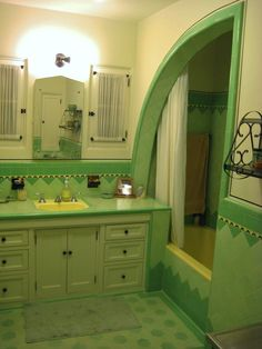 "Original 1933 tile bathroom in Southern California, including 7-foot ""shark fin"" shower! We bought our house for this bathroom, we love it!"