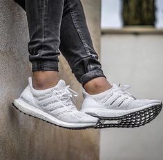 Adidas Ultraboost Cool Adidas Shoes, Adidas Sneakers, Nike Shoes, Fresh Shoes, Ultraboost, Nike Tanjun, Mens Fashion Shoes, Sneakers Fashion, Dark Grey