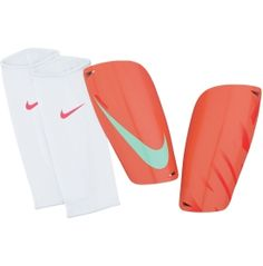 Light in weight, yet heavy in performance and technology - the Nike® Mercurial Lite Shin Guards are a soccer player's dream. Boasting incredibly lightweight and low-profile construction, these shin shields offer critical protection without unnecessary bulk to weigh you down. Supported by a dense foam backing, durable shield and stretch sleeves to hold the guards in place, with Mercurial Lites you'll stay quick, agile and focused on the field.