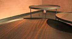 Tavolino Billy Wood di CATTELAN ITALIA  Tavolino con base in acciaio verniciato goffrato nero e piano in rovere bruciato.  http://www.formatabitativi.it/inside.php?page=11&element=209