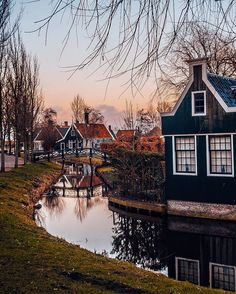 After our weekend in Amsterdam (#Netherlands) we went to see another #Dutch diamond - #ZaanseSchans!  It's a wonderful place to walk around in, as here you can find most beautiful houses collected and brought from different places.  This was done through a span of 13 years (1961-1974) and now this place is very popular between tourists as it looks like a little magical land!  So, if you're in Amsterdam, we believe that this place is definitely one of those where you can see a dif...