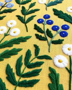 Beautiful, contemporary embroidered florals stitched by @sewandsaunders For more embroidery inspiration, visit DMC.com to see our hundreds of FREE patterns. String Art Patterns, Lace Patterns, Flower Patterns, Embroidery Designs, Embroidery Hoop Art, Pattern Art, Free Pattern, Crochet Embellishments, Crochet Cord