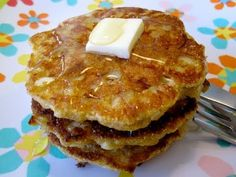 Banana Corn Fritter Recipe: http://weelicious.com/2009/09/14/banana-corn-fritters/ This fritter recipe is a great one for getting your kids involved. While they have fun mashing the bananas, you can measure out the remaining ingredients. Cooking in half the time! Did you have fun making these wonderful fritters? Let us know. Post your comments b...
