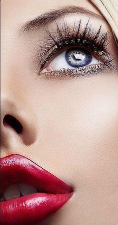 Heavy Makeup, Eye Makeup, Blackheads On Face, Evvi Art, Perfect Red Lips, Belle Silhouette, Fall Makeup Looks, Longer Eyelashes, Glossy Lips