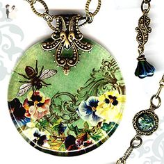 Queen Bee Necklace - Reversible Glass Art Bee Necklace - Voyageur - Victorian Garden Collection - Green, yellow and brown Necklace - Queen Bee - Wedding nacklaces (*Amazon Partner-Link)