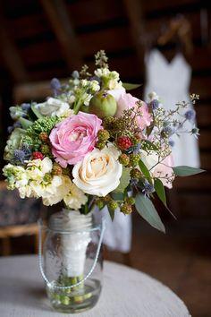 A Laid-Back Farm Wedding In North Saanich   Weddingbells