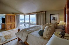 Enjoy unobstructed ocean views as far as the eye can see in this contemporary residence. http://3129seventeenmiledrive.com/