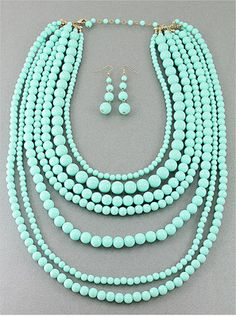 LONG CHUNKY STATEMENT PASTEL GREEN MINT  MULTI  STRAND ROW PEARL BEAD NECKLACE