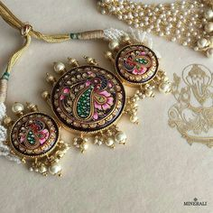 This brilliant handcrafted piece of jewellery in gorgeous colours is an eternal symbol of love and etnicity. By Ra Abta, available at Minerali. Indian Jewelry Sets, Indian Wedding Jewelry, India Jewelry, Bridal Jewelry, Ethnic Jewelry, Fancy Jewellery, Trendy Jewelry, Fashion Jewelry, Jewellery Earrings
