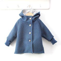 WollwalkWichteljacke blau - petit cochon - Kinderkleidung, die mitwächst. Handarbeit aus Berlin!