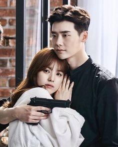 Holding Yeon Joo