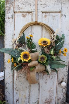 Sunflower Lariat Rope Western Wreath / Cowboy Rope Wreath / Western Country Home Decor / Lasso Wreath by GypsyFarmGirl on Etsy