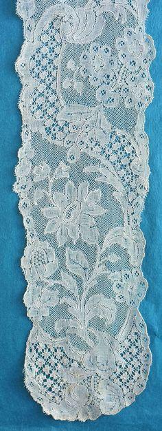 Probably c mid c Antique Lace, Vintage Lace, Romanian Lace, Textiles Techniques, Lacemaking, Bobbin Lace, Fashion Plates, 18th Century, Tatting