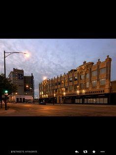 Broadway Building - Uptown, Chicago