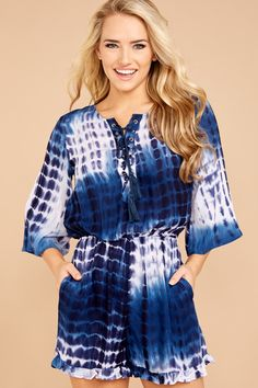 Blue Tie Dye, Casual T Shirts, Cute Tops, Modeling, Guns, Calm, Rompers, Sweaters, Shopping