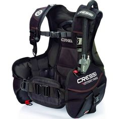 If you\'re just starting out in the world of SCUBA diving, knowing which of the BCD styles to choose can be daunting -- take a look at our guide for help! http://aquaviews.net/scuba-gear/3-popular-bcd-styles/