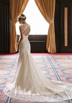 See related links to what you are looking for. Wedding Girl, Dream Wedding, Party Wear Dresses, Bridal Dresses, Bride Hair Accessories, Wedding Dress Styles, Bride Hairstyles, Wedding Images, Dream Dress