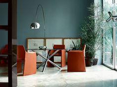 Flos Arco floor lamp, a genuine design icon